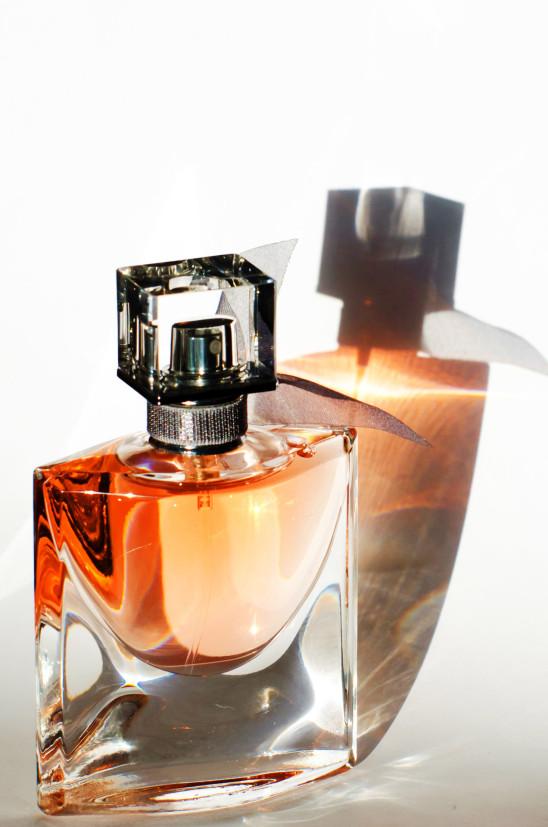 cosmétique bouteille flacon de parfum