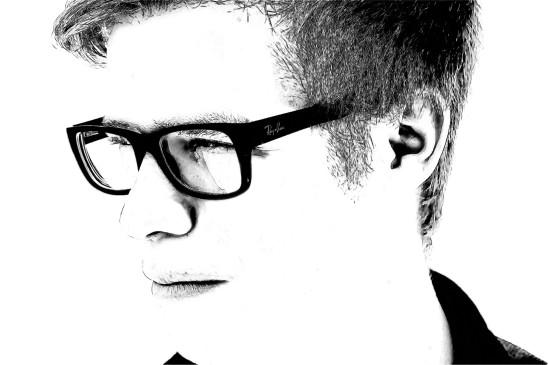 homme à lunette