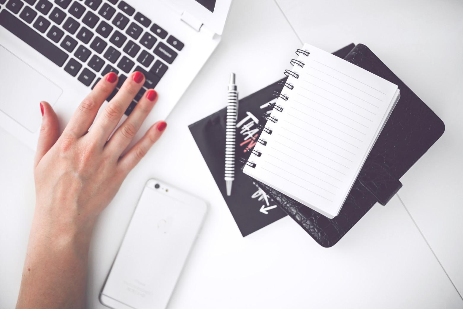 Bureau de travail emploi domicile informatique affaire for Bureau images gratuites