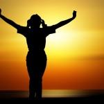 femme fille silhouette méditation zen relax images photos gratuites