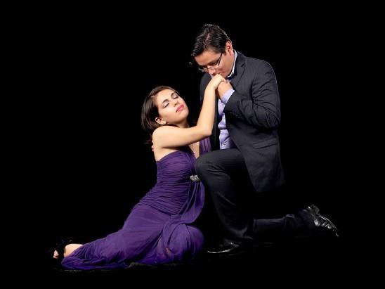couple homme femme amour love sur fond noir