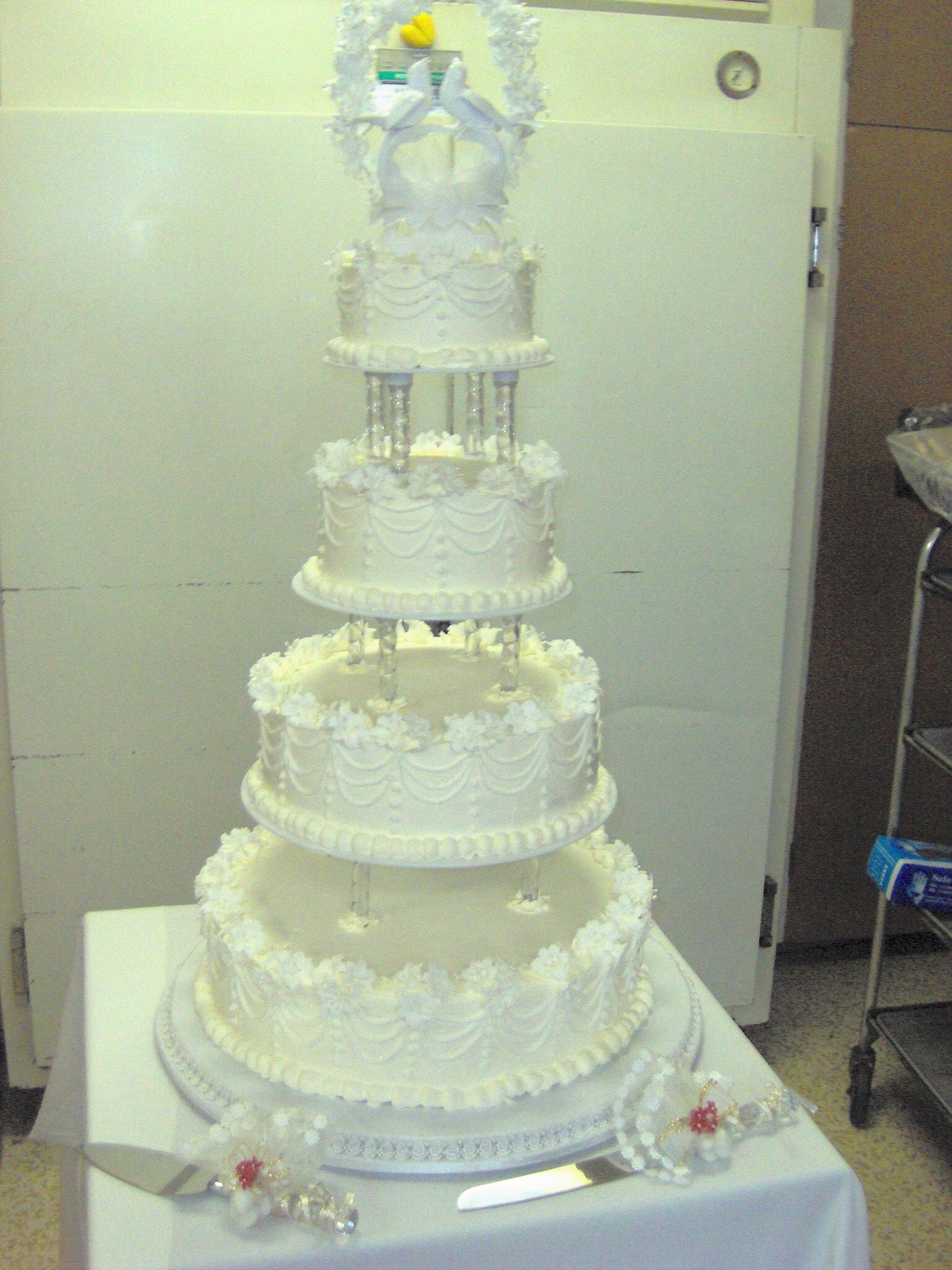 gâteau de mariage pièce montée photos libres de droits et gratuites