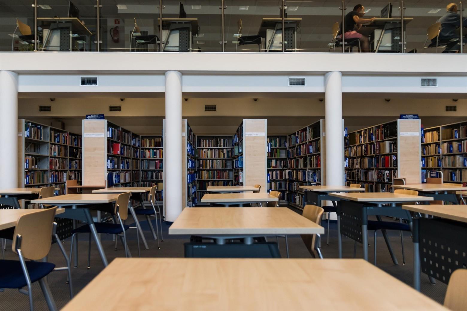 Cole biblioth que bureau images gratuites et libres de for Bureau images gratuites