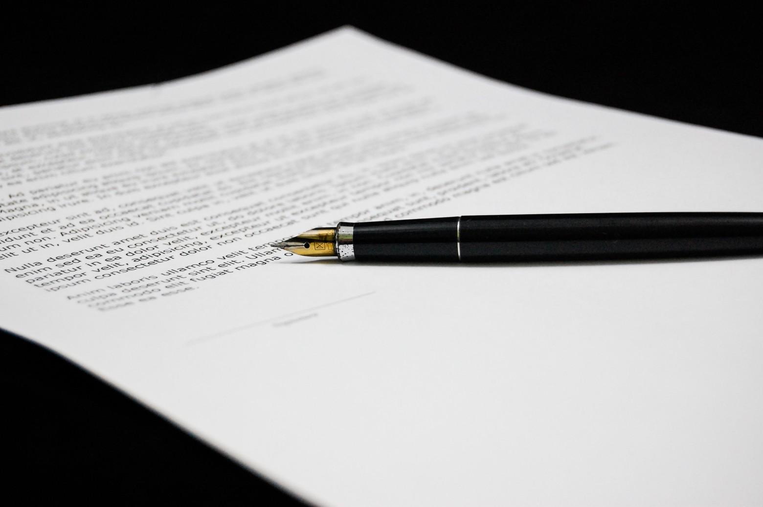 Document papier officiel signe signature contrat photos for Images gratuites documents