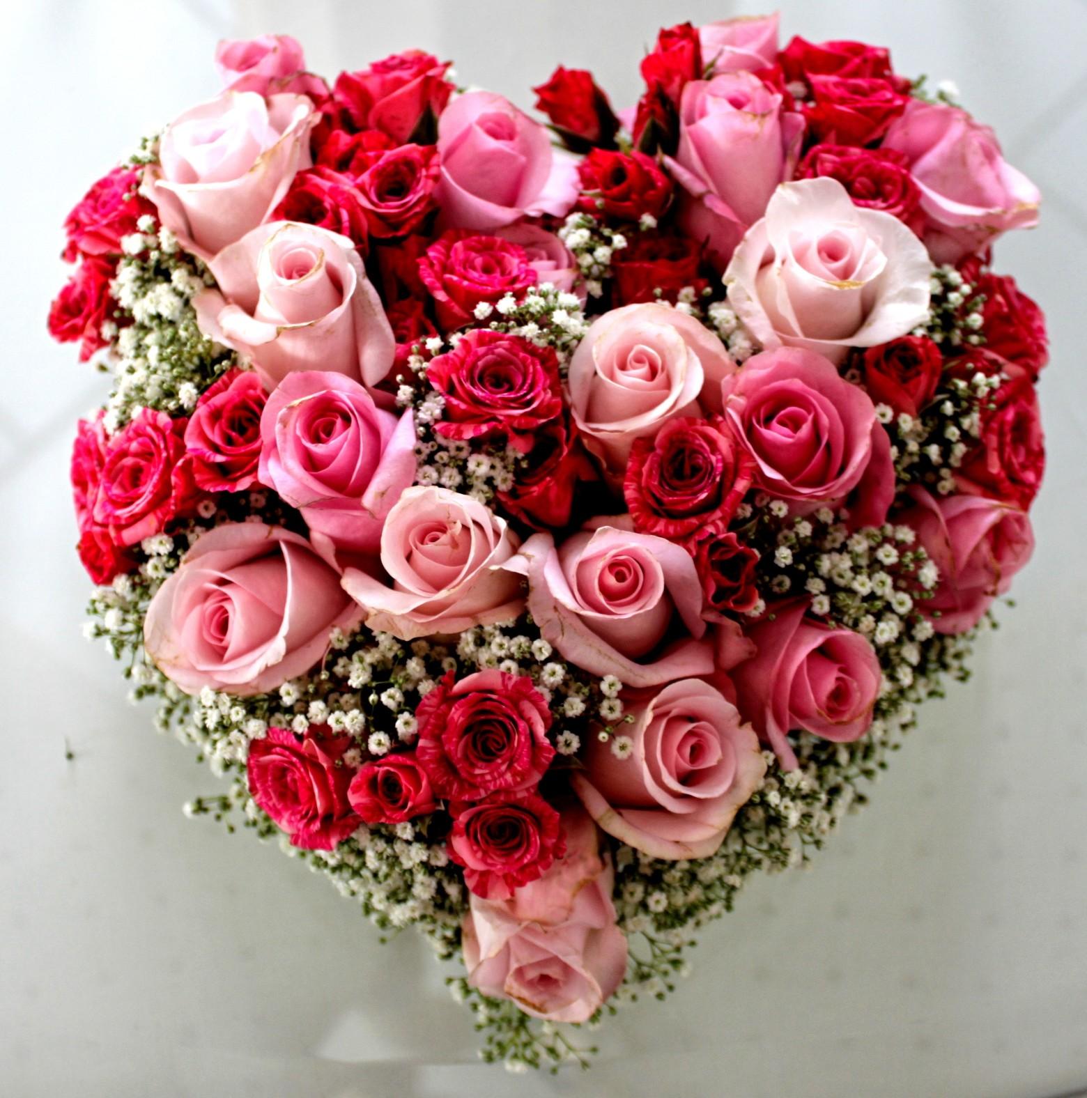 Bouquet De Rose En Forme De Coeur