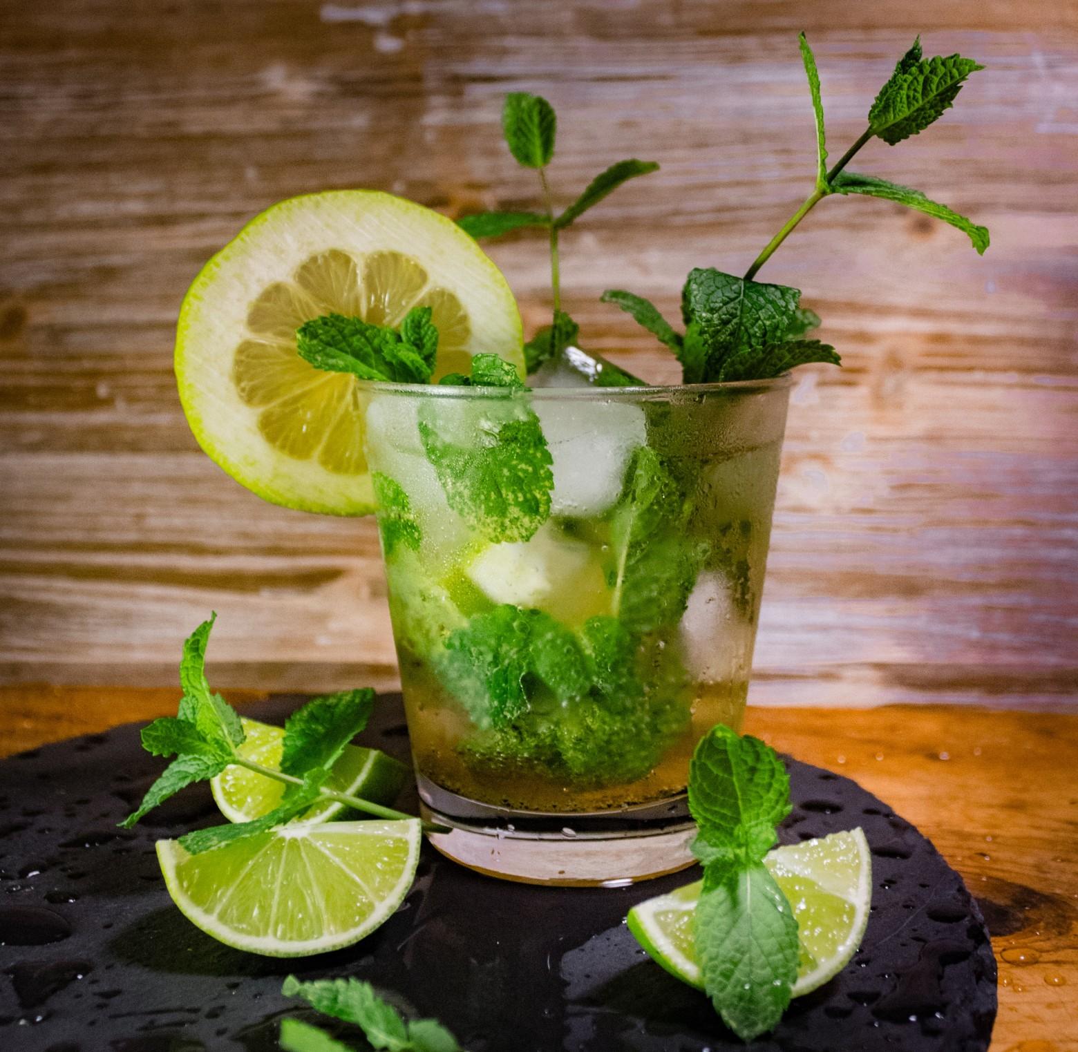 verre mojito cocktail