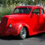 ancienne voiture de collection rouge
