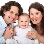 couple famille parent homme femme bébé enfant heureux