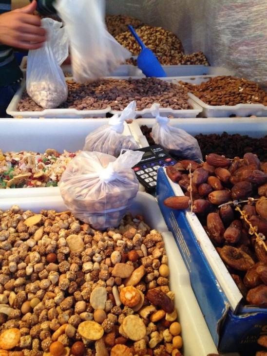 marché  souk oriental cacahuète datte figues