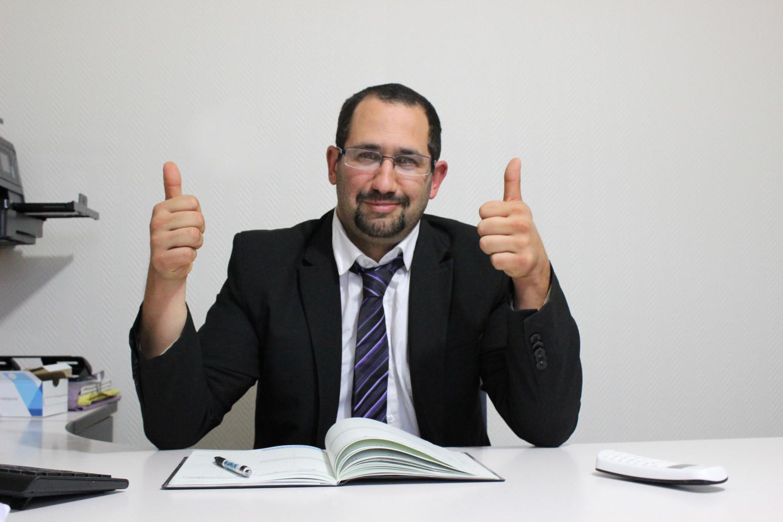 Homme bureau travail entreprise businessman photos for Bureau images gratuites